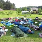 Rebefingas stovykloje